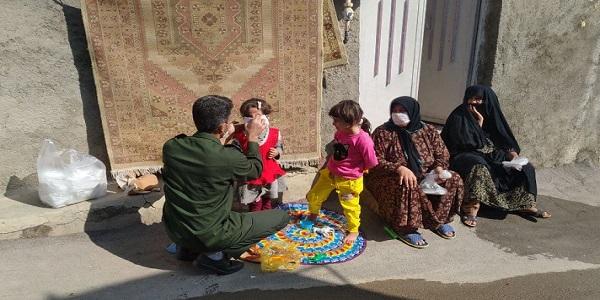 توزیع  1500عدد ماسک در محله مهدیه توسط قرارگاه جواد الائمه (ع) هرسین
