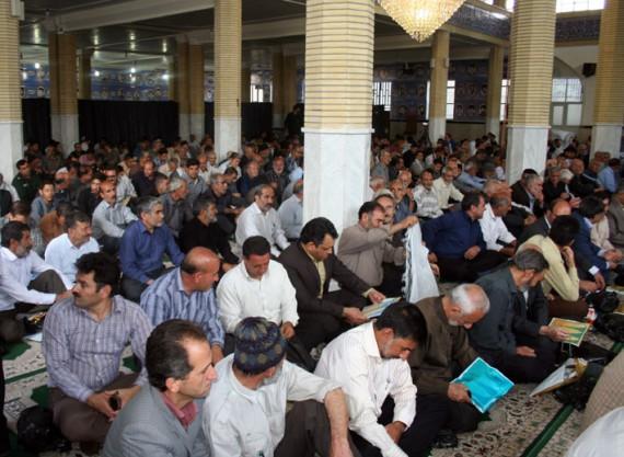 مراسم روز شهرستان با تجلیل و گرامیداشت علمای بزرگ  هرسین برگزار شد+تصاویر